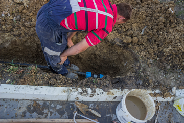 Avoid home water pipe disasters with these simple tips.