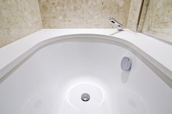 Cleaning your own tub drains doesn't have to be difficult.