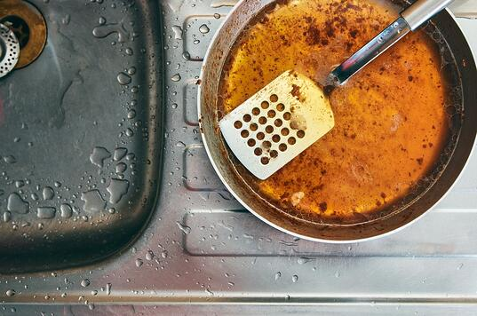 why-you-shouldnt-pour-grease-down-your-kitchen-sink-drain