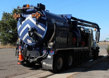Is trenchless sewer line replacement right for my home trenchless sewer line repair via cipp lining is faster and easier than unearthing the pipe solutioingenieria Choice Image