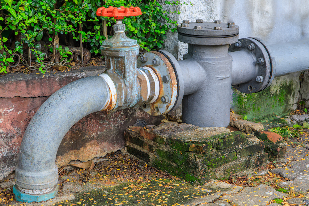How To Remove The Air From Your Pipes