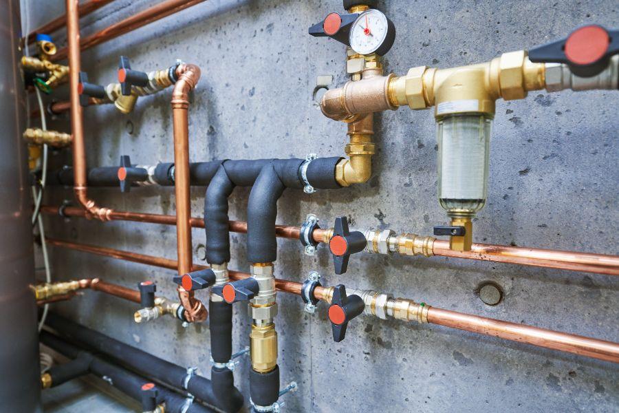 commercial-plumbing_332223009