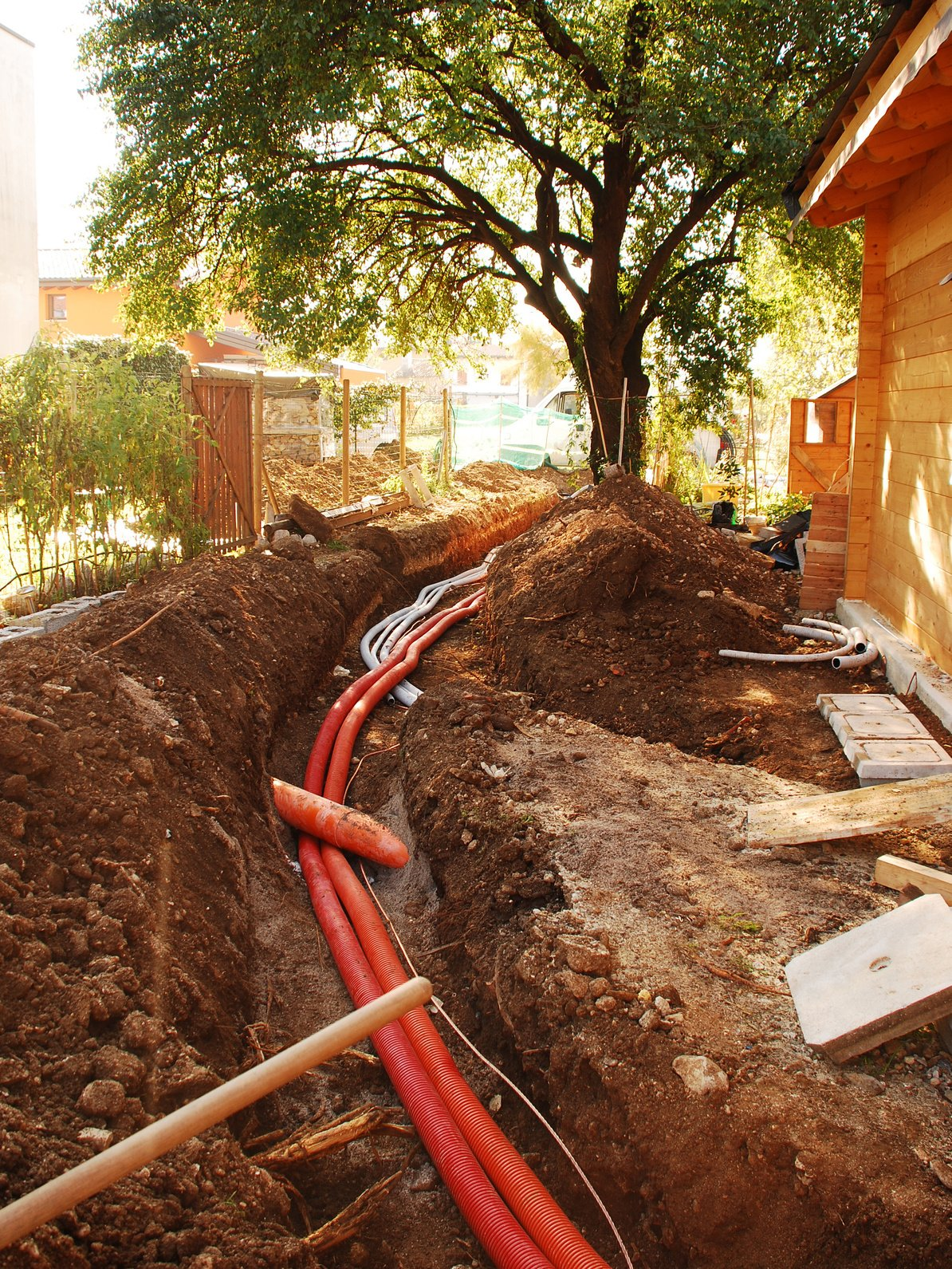 How Do Utility Lines Affect Trenchless Pipe Repair